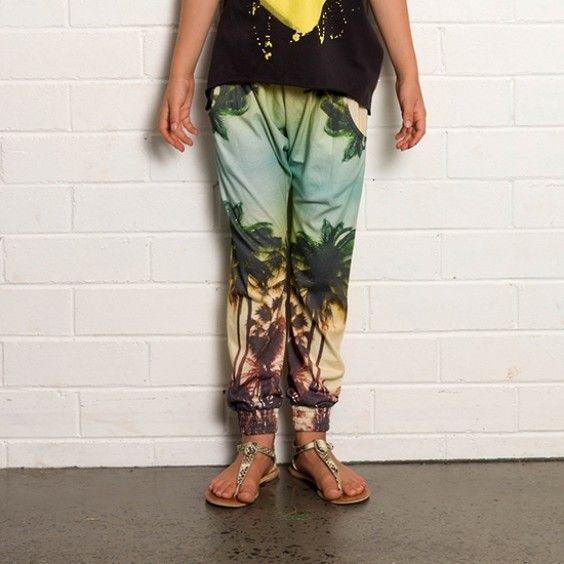 Missie Munster Holiday Jersey Pant #ragamuffins #munster www.ragamuffins.co.nz