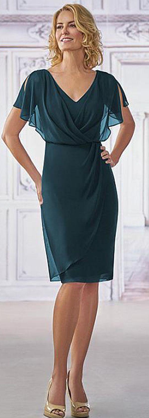 Gorgeous Chiffon V-neck Neckline Cape-sleeves Knee-length Sheath Mother Of The Bride Dresses