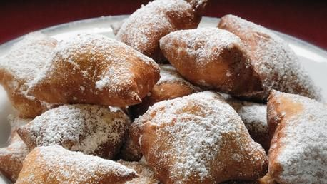 """""""Mutzenmandeln"""" is a typical German biscuits that is baked in cold season to rollicking celebrations including New Year's Eve and Carnival."""