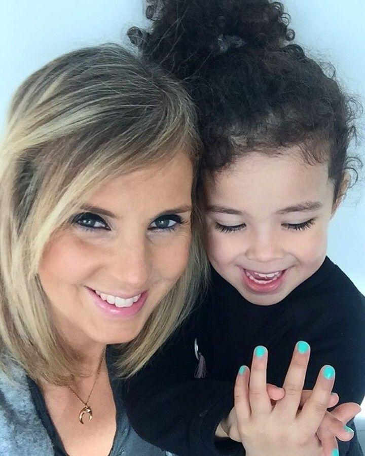 Mom & Princess bond!! Mint regram from @milaarose  #entrefilles #manucure #mum #family #enfamille #beauty #vernis @nailmatic #madeinfrance #mygirl #happytime #enjoy #goodday