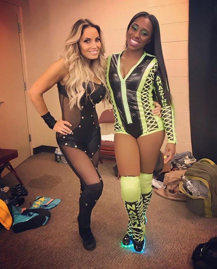 Trish Stratus and Naomi