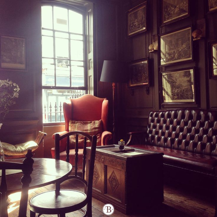 Blacks Club, Soho – if your not too jet lagged on Tuesday how about here for supper? I can book. Let me know. X