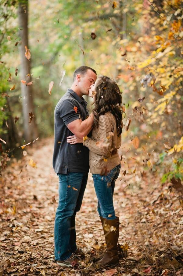 fall engagement session | Faith Teasley #wedding