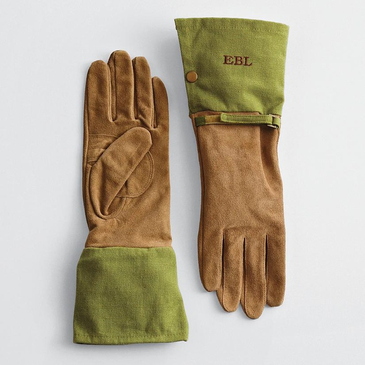 Personalized gardening gloves help it grow