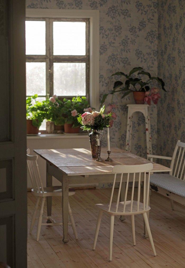 Bordet och stolarna <3