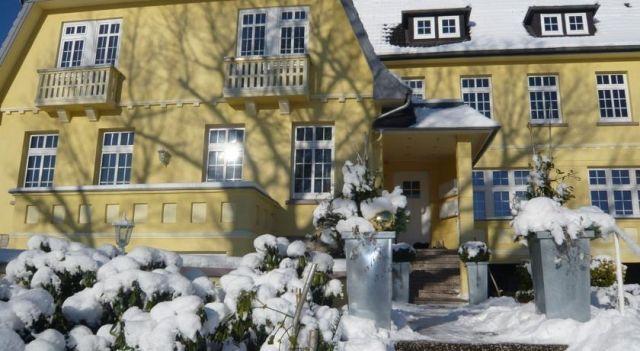 Villa Rosenhof Romance - #Villas - $87 - #Hotels #Germany #BadPyrmont http://www.justigo.ca/hotels/germany/bad-pyrmont/villa-rosenhof-romance_210704.html
