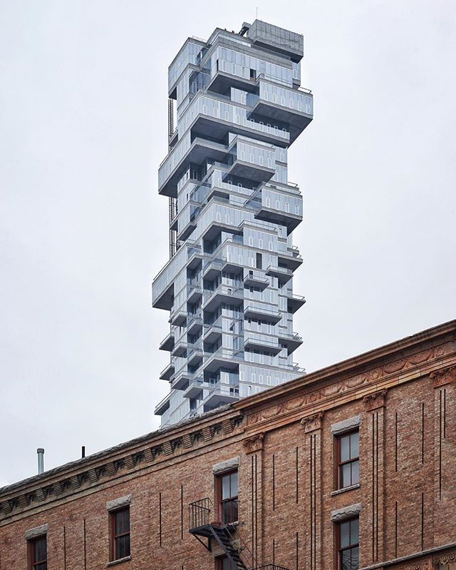 Best Dressed.  #56leonard #tribeca  herzog-de-meuron-56-leonard-jenga-tower-tribeca-new-york-instagram