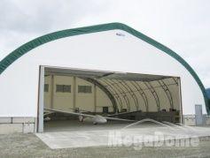 Garage avec toile pour entreposage de véhicules récréatifs