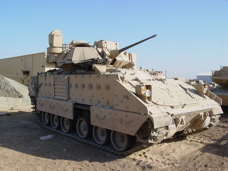 M3A3 Bradley Cavalry Fighting Vehicle (USA).... Fun times driving this rig not so much on maintenance though # fortknox