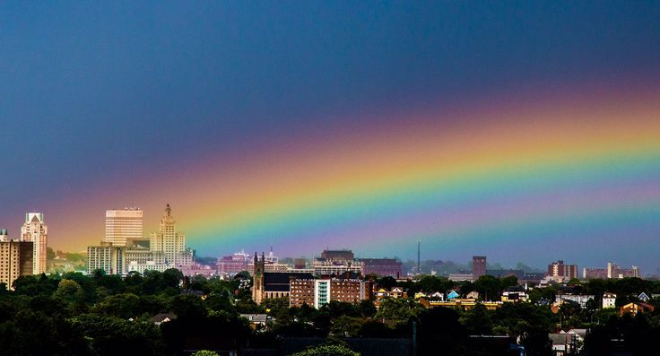 Strange sky phenomena: Intense rainbow vanishes rapidly after being bombarded by anticrepuscular ray beams over Providence, USA on June 2, 2017.