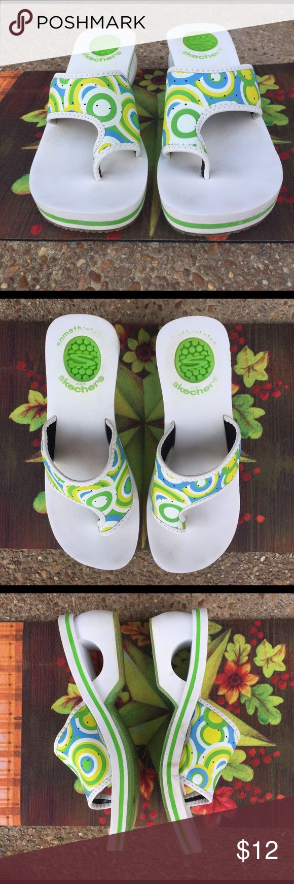 Flip flops Pretty multi color flip flops just thinking of warmer weather Skechers Shoes Sandals