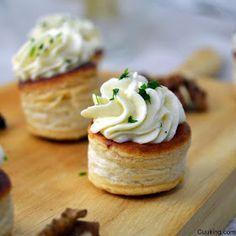 Cuuking! Recetas de cocina: Volovanes de mousse de queso de cabra y manzana