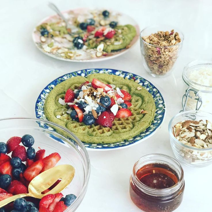 Iron Chef Cat Cora Makes Us Lean, Clean, 'N GREEN Waffles! – ToneItUp.com
