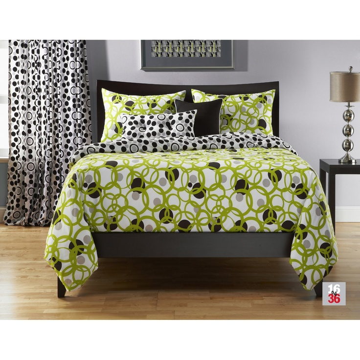 This lime green queen comforter set is exquisite in a Green and black bedroom