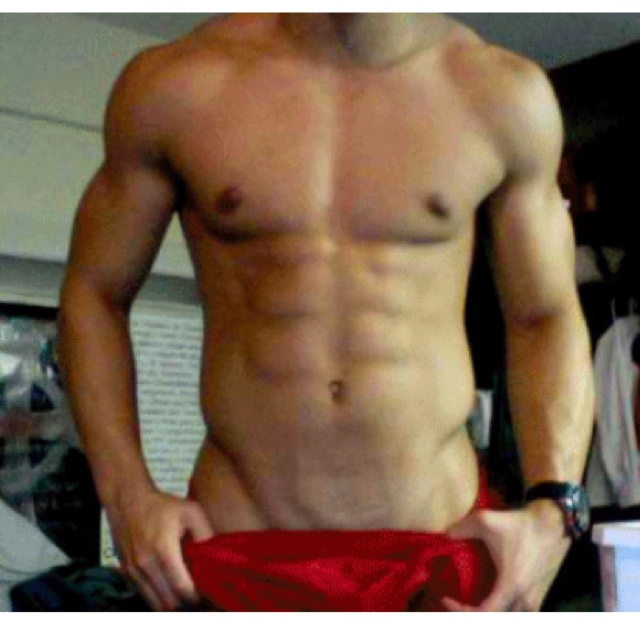 53 Best Guys With Abs Images On Pinterest