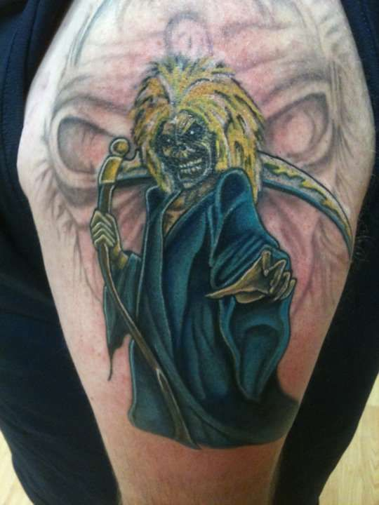 148 best images about iron maiden on pinterest heavy metal somewhere in time and artworks. Black Bedroom Furniture Sets. Home Design Ideas