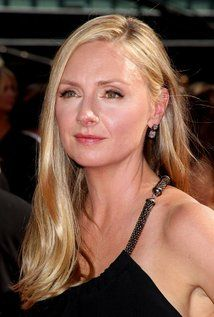 """Hope Davis  Born: March 23, 1964 in Englewood, New Jersey, USA Height: 5' 7"""" (1.7 m)"""