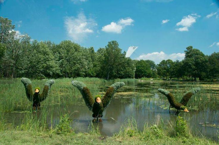 Sculpturi care prind viață în Grădina Botanică din Montreal - GALERIE FOTO