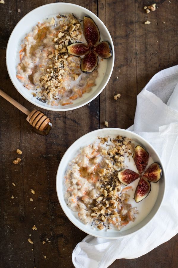 An easy, healthy and filling breakfast recipe for people on a clean eating diet. This Carrot Cake Oatmeal will make you feel AW-some throughout the day!