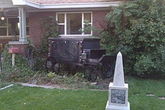 DIY Halloween Hearse - I definitely see building one in my future...maybe not this year, but soon.