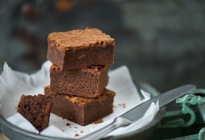 Brownie recept képpel. Hozzávalók és az elkészítés részletes leírása. A brownie elkészítési ideje: 45 perc