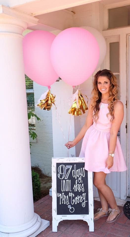 Bridal shower chalkboard. Wedding countdown chalkboard. Pink and gold wedding. Wedding shower. Wedding chalkboard.