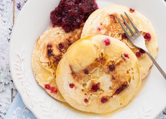 Пирог с клюквой, блюда из клюквы, сырники: рецепты