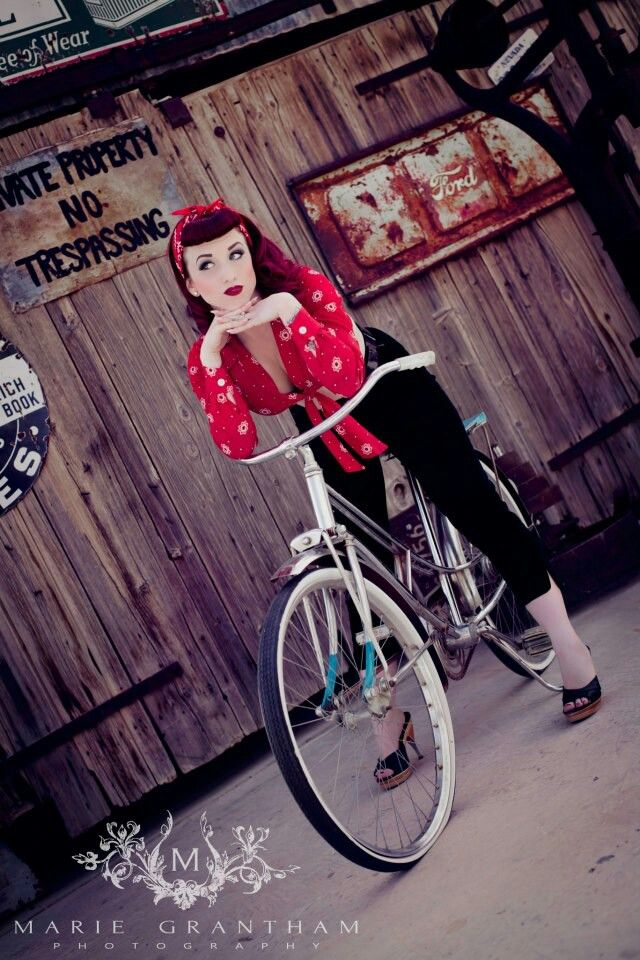 Perfect Rockabilly Style!! Love all of it!:: Rockabilly Fashion:: '50s :: Rockabilly Pin Up:: Pin Up Girl Fashion More
