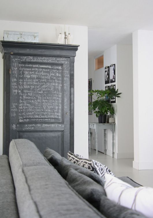 ruralgirl: (via Homes with Heart: High Contrast in a Blogger's Amsterdam Abode | decor8) | Home&garden&stuff | Pinterest | Home, High contrast and Decor