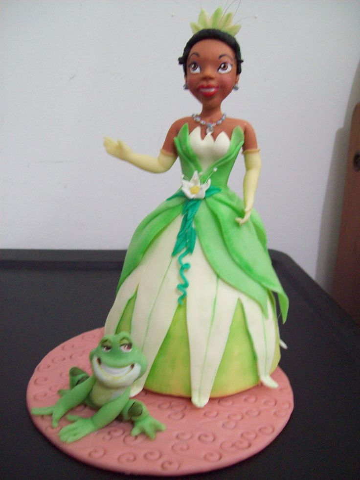Topo de bolo, A Princesa e o Sapo: Was Rosa-Choqa, Mini Cake Recipe, Cold Porcelain, Rosa Pereira, Porcelain Cold, Pereira Artbiscuit, Topo De