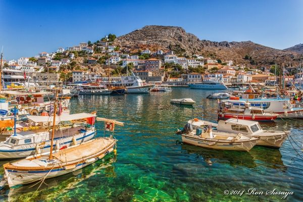 Port of Hydra town