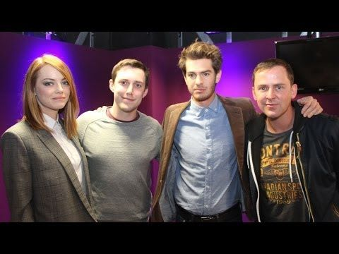 Emma Stone and Andrew Garfield talk TOWIE/MiC - YouTube