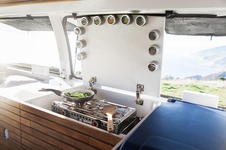 zach-both-chevy-cargo-van-mobile-filmmaking-studio-vanual-designboom-02