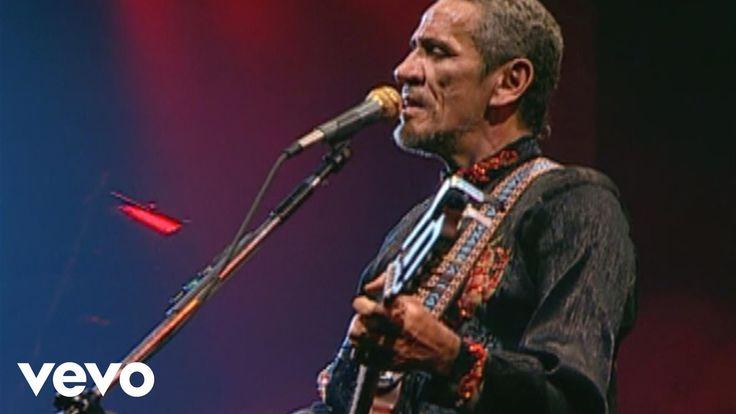 """O vídeo ao vivo de Zé Ramalho para a a música """"Sinônimos"""". Clique para comprar a faixa: http://smarturl.it/zeramalho Ouça também no streaming: http://smartur..."""