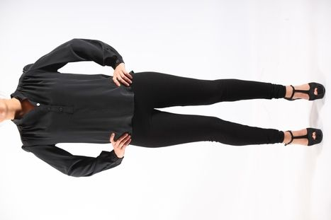 Blouse met lange mouw - 100% bio zijde - made in Amsterdam - designed by Sena ecocouture