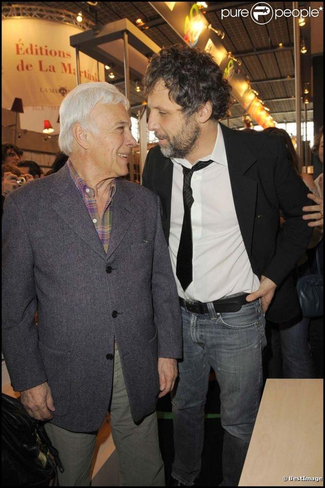 Guy Bedos et Stéphane Guillon, à Paris, le 29 mars 2010.