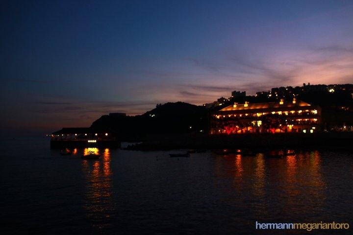 """""""Romance Eve""""  -taken at Hong Kong"""