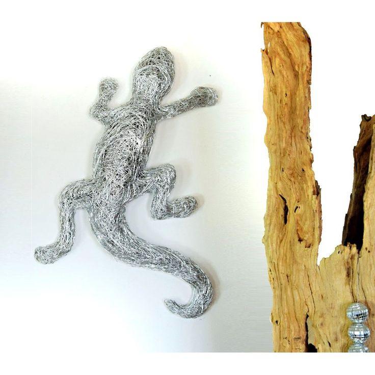Design Skulptur - Gecko - Wanddekoration Aluminium silber 75cm.   Aus feinstem, handgewebtem Aluminiumgeflecht.