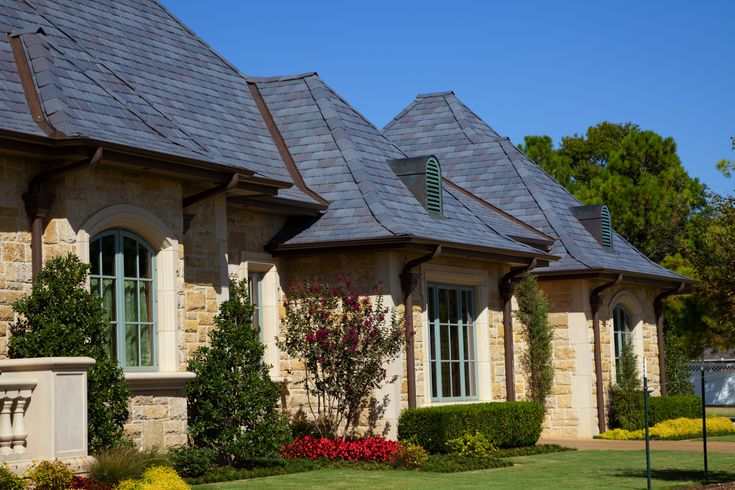 Single Width Slate Roof Gallery Davinci Roofscapes Shake Roof House Painting House Styles