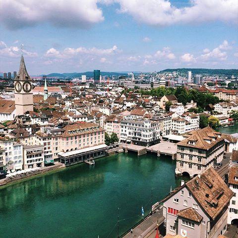 Zürich  von @justmovedtoswitzerland    #zürich #Цюрих #zurich #취리히 #チューリッヒ #蘇黎世 #visitzurich #zurich_switzerland #ig_zurich #mustbezurich #switzerland #topswitzerlandphoto #topeuropephoto #visitswitzerland #visiteurope #switzerland_bestpix #switzerlandpictures #switzerland_vacations #europe_vacations #inlovewithswitzerland #super_switzerland #bestv...