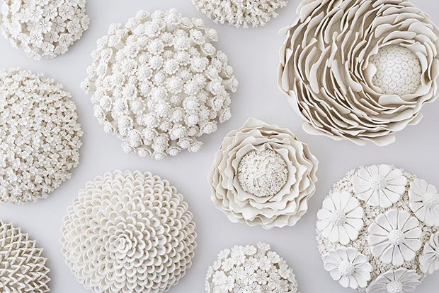 Have a squiz at ceramicist Vanessa Hodge creating her intricate porcelain wallflowers.