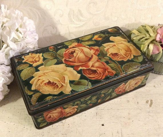 Superbe grand Floral boîte détain étain Biscuit italien