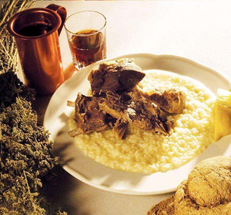 Gamopilafo cretan traditional food