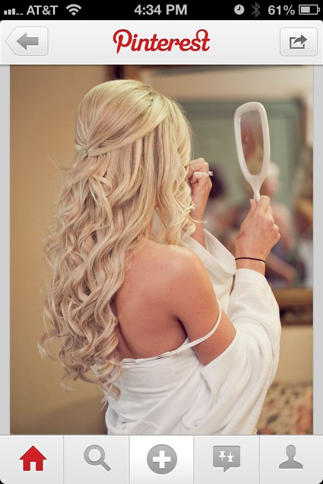 Long hair half updo, wish i could have curls like this. Love the do.