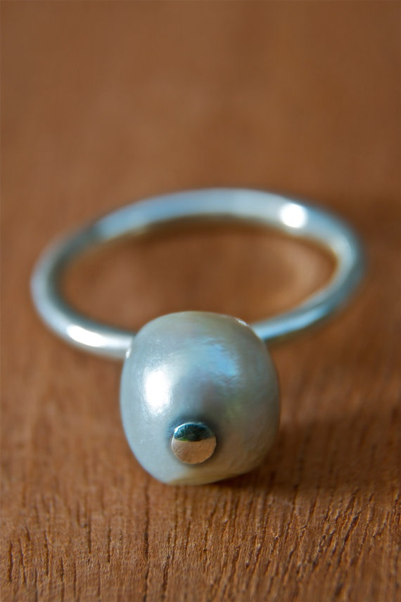 silver ring with fresh water pearl by bvjewelry on Etsy, $70.00