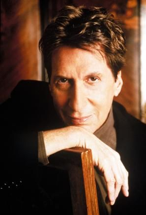 david brenner A spokesman for the family of comedian David Brenner says the Tonight Show favorite has died. He was 78.