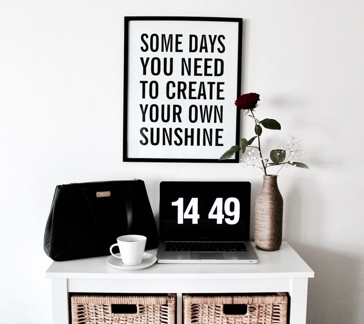 Home office, quote frame, fliqlo   Julia Linn