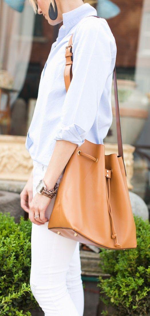 #style Cognac bag...