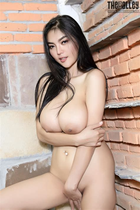 Quite the black alley nude girls