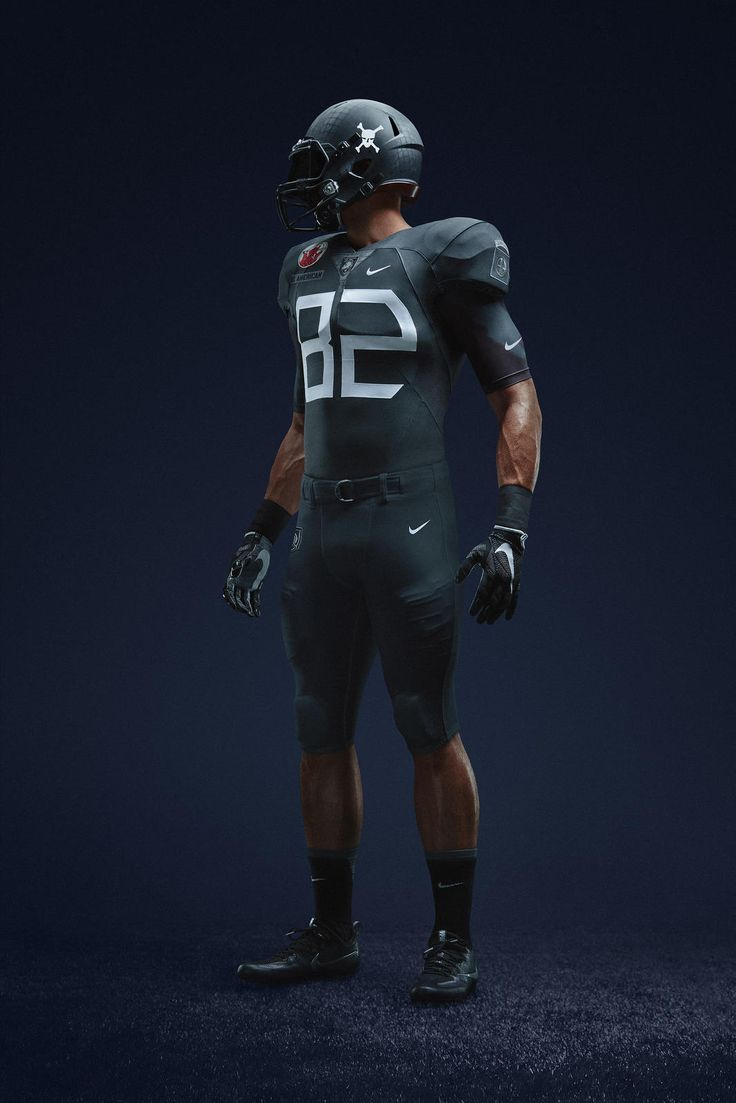 "Army Black Knights 2016 ""Beat Navy"" uniform honoring the 82nd Airborne Division for Army-Navy Game"